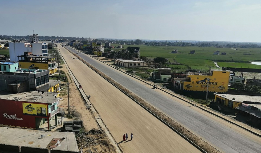 धनगढी–अत्तरिया ६ लेन सडकमा पनि बन्ने भयो आकासे पुल