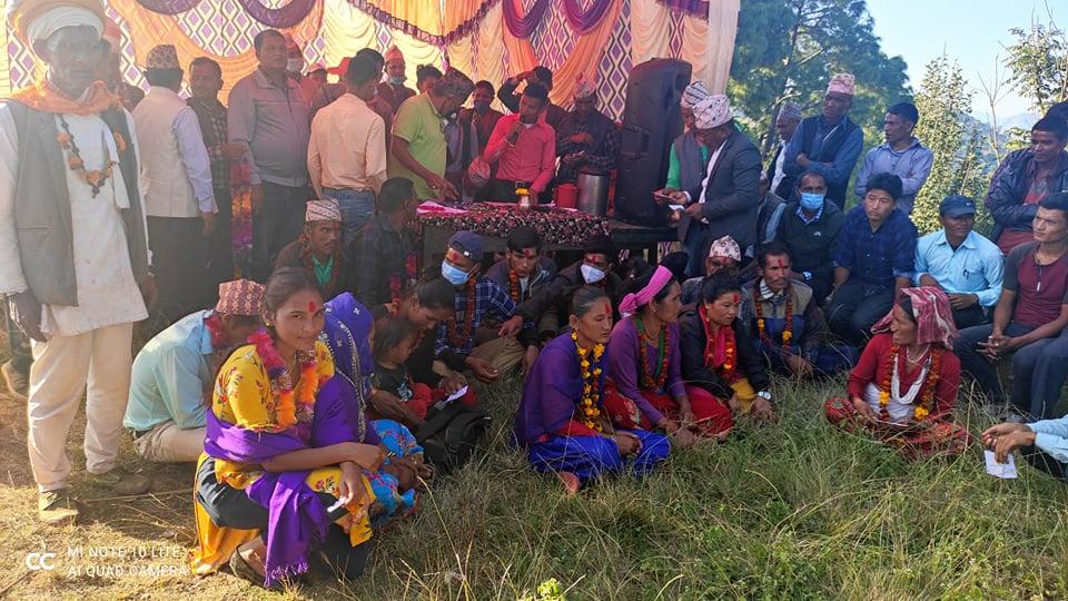 नेकपा परित्याग गरि ७० बढी नेपाली काङ्ग्रेस मा प्रवेश