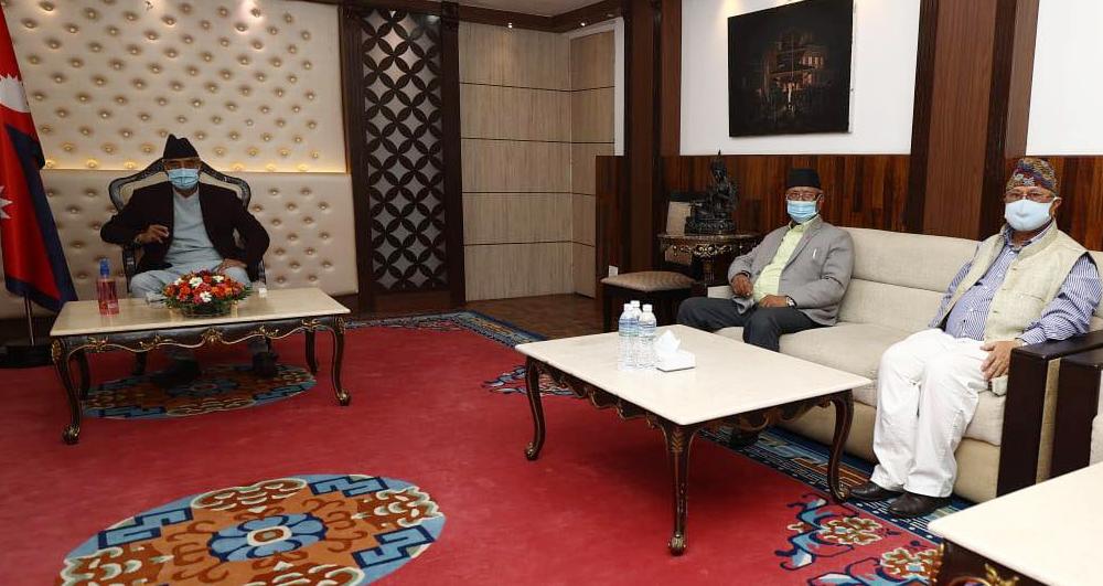 उद्योग मन्त्री गजेन्द्रबहादुर हमालले बुझाएको राजीनामा स्वीकृत